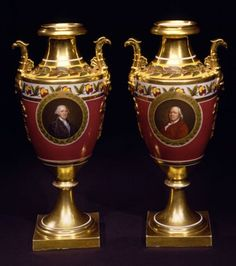 PAIR OF POLYCHROME PARIS PORCELAIN VASES WITH PORTRAITS OF GEORGE WASHINGTON AND BENJAMIN FRANKLIN - Carswell Rush Berlin