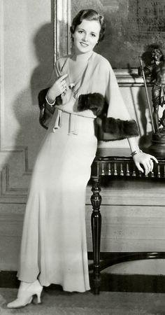 1930s Beautiful Mary Astor.