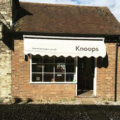 knoops in rye | hot