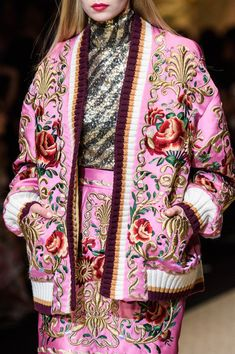 Dolce & Gabbana, Fall 2018 - The Most Breathtaking Runway Details From Milan Fashion Week Fall 2018 - Photos Source by livinglycom outfits 2018 Milan Fashion Weeks, Fashion 2018, Modest Fashion, Runway Fashion, Fashion Outfits, Womens Fashion, Fashion Tips, Colorful Fashion, Asian Fashion