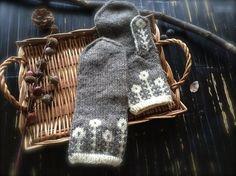 マーガレットのツートンミトン【白磁】|手袋・ミトン|ハンドメイド通販・販売のCreema