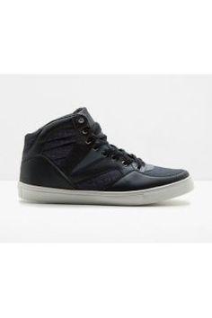 Bağcıklı Sneaker https://modasto.com/koton/erkek-ayakkabi/br1243ct82 #erkek