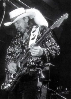 SRV — rock-and-roll-is-the-devils-work: Stevie Ray. Stevie Ray Vaughan, Wisconsin, Historia Do Rock, Jazz, Best Guitarist, Blues Music, Music Icon, Music Music, Music Photo