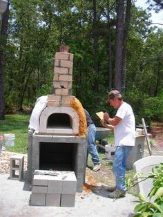 Building a DIY pizza oven kit into a complete wood fired pizza oven.