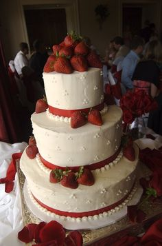 Red And White Wedding Cakes With Flowers - White Wedding Cake Decorated With Strawberries and Red Ribbons ...