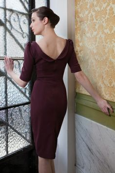 Red Juliet Couture - 40s Ava keyhole Pencil Dress in Eggplant