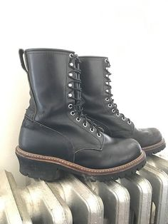 bbcccdee92f Redwing Black Boots. Black Boots. Combat Boots. Vintage Boots.