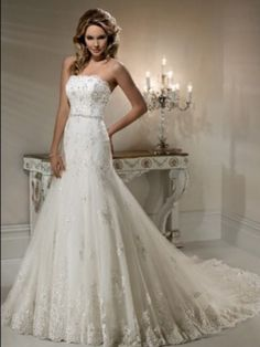 A-line/Princess Axelbandslös Lace rmlös Court Släp Lace Wedding Dresses