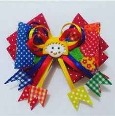 Coisas de Junior Ribbon Hair Bows, Ribbon Work, Baby Bows, Baby Headbands, Bow Pattern, How To Make Bows, Baby Items, Diy And Crafts, Alice