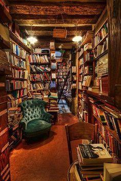 Puedo sentir el olor de los libros...