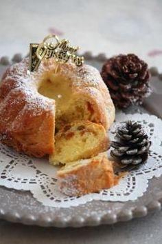 「オレンジチョコナッツのクグロフ型シュトーレン。」ChococoHS | お菓子・パンのレシピや作り方【corecle*コレクル】 Pound Cake, Bakery, Sweets, Bread, Japan Recipe, Cheese, Bundt Cakes, Recipes, Cakes