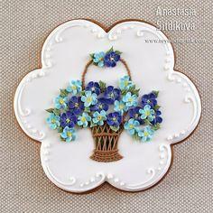 """Cookies """"Basket of forget-me-nots"""" Mother's Day Cookies, Biscotti Cookies, Galletas Cookies, Fancy Cookies, Iced Cookies, Cute Cookies, Easter Cookies, Cupcake Cookies, Flower Sugar Cookies"""