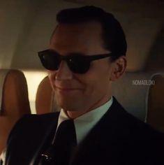 Loki Tv, Marvel Actors, Marvel Funny, Marvel Characters, Marvel Avengers, Indigo Eyes, Loki Quotes, Disney Toms, Marvel Series