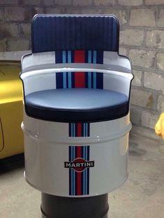 Man Cave Furniture, Barrel Furniture, Barrel Chair, Washing Machine Drum, Drum Chair, Barris, Oil Barrel, Oil Drum, Horseshoe Crafts