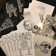 Here's a look at some of the stuff ill have for sale at the show on March 4th!!! Remember to RSVP to get in for FREE! To RSVP DM me. See my other post for more details. #HockeyMask666 #Merch #GroupShow #ArtShow #DIY #Pizza #LosAngeles #Zine #Prints #Buttons #Pins #666 #Free #LowBrow #DIYPatch #JoinUs #SupportYourLocalArtist