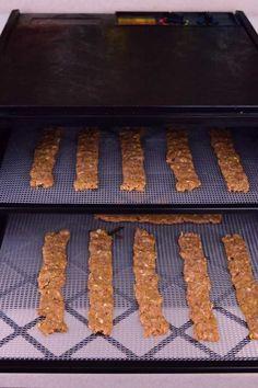Dog Jerky Recipe, Chicken Jerky Recipe, Ground Turkey Jerky Recipe Dehydrator, Dehydrator Recipes, Jerky Dehydrator, Jerkey Recipes, Smoker Recipes, Steak Recipes, Cake Recipes