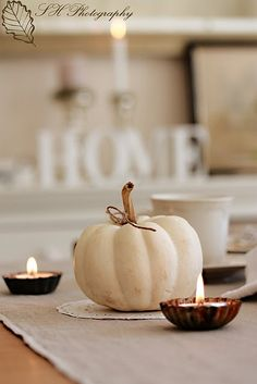 white pumpkin, simple centerpiece