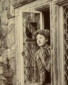 Young Agatha Christie (1890-1976), 1914