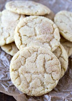 Chewy Snickerdoodle Cookies - crisp at the edges and soft and chewy in the middle! This recipe is so good!