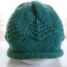 Knitting with Schnapps: Introducing The Giving Tree Chemo Cap! is this a free pattern please Knitting Patterns Free, Knit Patterns, Free Knitting, Free Pattern, Easy Knit Hat, Knitted Hats, Knitting Projects, Crochet Projects, Knit Or Crochet