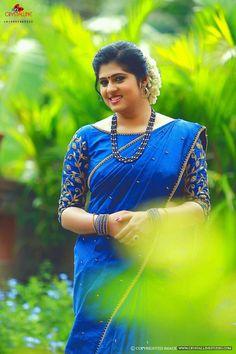 New & Latest boat neck blouse designs 2019 - New Blouse Designs Kerala Saree Blouse Designs, Half Saree Designs, Saree Blouse Neck Designs, Fancy Blouse Designs, Bridal Blouse Designs, Stylish Blouse Design, Designer Blouse Patterns, Indian Sarees, Designer Sarees