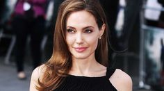 Angelina Jolie to make her acting comeback with Maleficent 2? https://link.crwd.fr/2nb4