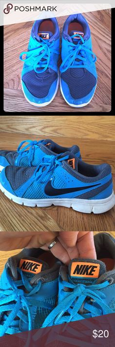 Kids Nike Flex Experience RN2 Nike Flex Experience RN2 kids shoes in turquoise blue color. Used but still in great condition. Happy to answer any questions and accept reasonable offers! Nike Shoes Sneakers