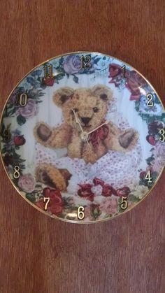 Teddy Bear Heart 8 1/8 Inch Wall Clock in Home & Garden, Home Décor, Clocks   eBay