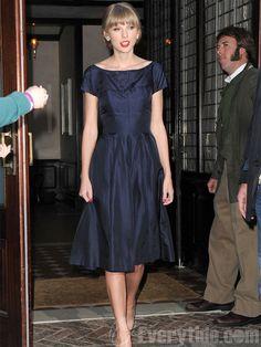 Taylor Swift Blue Knee Length Taffeta Formal Dress $109.99