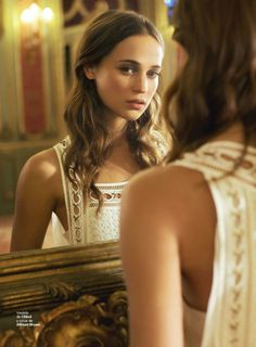 Star on the rise, Alicia Vikander, appears in the August 9, 2015 cover story from S Moda. The Spanish weekly puts Alicia in Grecian inspired fashions from top brands such as Elie Saab, Chloe and Louis Vuitton in images captured by Lorenzo Agius with styling by Victoria Sekrier. The actress will appear in the highly …