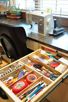 Is your sewing room starting to become a mess? Don't fret, these sewing room DIY organization ideas will solve that. Get ready to be organized today! Sewing Room Design, Sewing Room Storage, Sewing Spaces, Sewing Room Organization, Craft Room Storage, My Sewing Room, Sewing Studio, Sewing Rooms, Fabric Storage