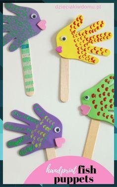 Rybki z łapek - kreatywna praca dla dzieci - Dzieciaki w domu Handprint fish puppets. Kids play with these crafts. Rybki z łapek - kreatywna praca dla dzieci - Dzieciaki w domu Handprint fish puppets. Kids play with these crafts. Animal Crafts For Kids, Paper Crafts For Kids, Craft Stick Crafts, Easter Crafts, Art For Kids, Craft Ideas, Simple Kids Crafts, Creative Crafts, Easy Toddler Crafts