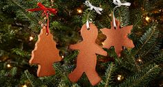 Cinnamon Ornaments Recipe - Making Cinnamon Ornaments are a perfect holiday fun activity for kids. The ornaments are easy to make and their aroma lasts long after the holidays are over. Diy Christmas Ornaments, Holiday Crafts, Holiday Fun, Christmas Decorations, Gingerbread Ornaments, Gingerbread Men, Holiday Decorating, Gingerbread Cookies, Christmas Cookies