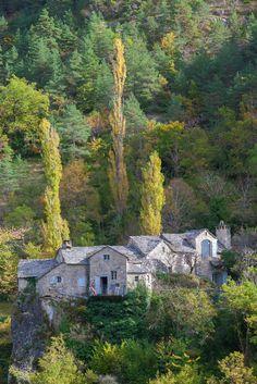St.-Pierre-des-Tripiers, Lozère, Le Rozier, hameau de La Sablière, Gorges du…