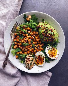 sarah sarah Featuring Turkey Bacon Guacamole Cucumbers Mince, TriCauliflower breakfast wafflesSimple and delicious ketogens recipes. carb Egg oat pancakesTaco Cheese tips for preparing keto meals that you have not seen before + 2 Healthy Meal Prep, Healthy Snacks, Healthy Eating, I Love Food, Good Food, Yummy Food, Tasty, Vegetarian Recipes, Healthy Recipes