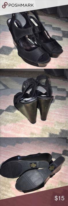 Simply Vera Vera Wang Wedge Sandals Black wedge sandals. Never worn. Fabric on top is black and neoprene-like. Wedge is black-brown wood. Simply Vera Vera Wang Shoes Heels