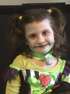 Face paint Halloween idea