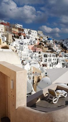 Greece Travel Inspiration - the Greek Islands are a bucket list destination for a good reason, let me show you how we spent 2 days in Santorini relaxing! Staying in Oia means you don't have to travel far to explore this beautiful spot and you can watch th Santorini Island, Santorini Greece, Greece Vacation, Greece Travel, Bucket List Destinations, Travel Destinations, Zakynthos, Greek Isles, By Train
