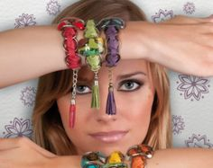 Des bracelets uniques en cuir souple dArgentine et du laiton encadrement en…