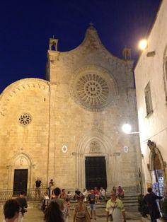 Ostuni, dietro il Duomo