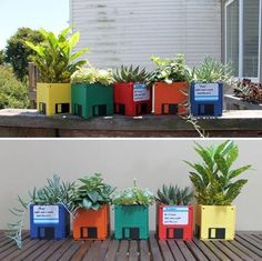 Retro DIY floppy disk planters (projects, crafts, do it yourself, interior design, home decor, fun, creative, uses, use, ideas, inspiration, 3R's, reduce, reuse, recycle, used, upcycle, repurpose, handmade, homemade, pots, garden, indoor, pot, vintage, computer, diskette, flop)