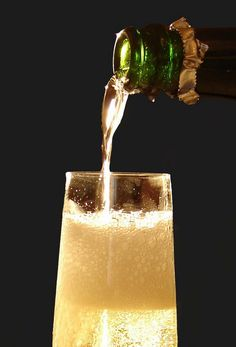 A complimentary glass of cava for every diner. Spanish Wine, Spanish Food, Cava Champagne, Wine Tasting Near Me, Wine Coolers Drinks, 23rd Birthday, Prosecco, Chocolate, Gastronomia