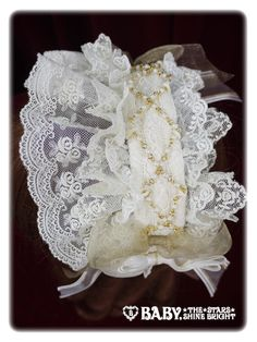 Baby, the stars shine bright Angelic melody upon the stars pearl head dress
