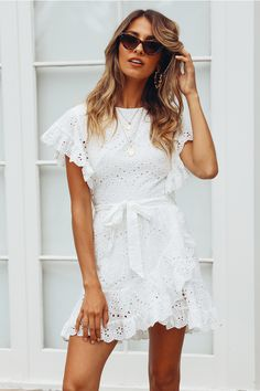 casual spring outfits looks fab. Black Women Fashion, Look Fashion, Fashion Outfits, Fashion Design, Feminine Fashion, Womens Fashion, Cheap Fashion, Fashion Styles, Fashion Clothes
