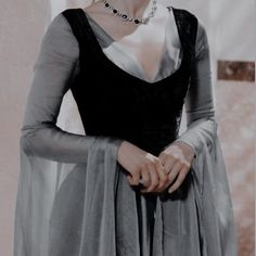 Best Bride, Medieval, Princess Aesthetic, Dream Dress, Aesthetic Pictures, Style Icons, Going Out, Female, Fantasy Life