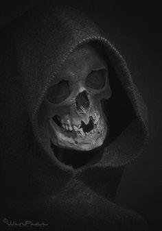 Hooded Reaper by WinPics.deviantart.com on @DeviantArt