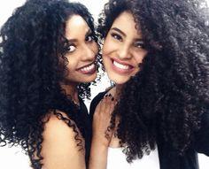 Com a linda da @daniazevedo100 #todecacho #linda #beautyfair #salonline #daniazevedo #leitorasdalari