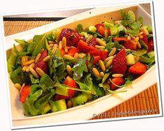 salade fraises roquette pignons