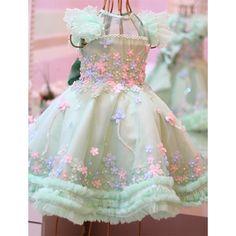 Kids Pageant Dresses, Little Girl Dresses, Girls Dresses, Flower Girl Dresses, Baby Girl Birthday Dress, Birthday Dresses, Baby Dress, Baby Frocks Designs, Kids Frocks Design
