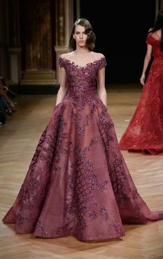 BN Bridal: Ziad Nakad at Paris Fashion Week Haute Couture Fall/Winter Evening Dresses, Prom Dresses, Formal Dresses, Bridal Dresses, Flowy Dresses, Wedding Dress, Dream Wedding, Beautiful Gowns, Beautiful Outfits
